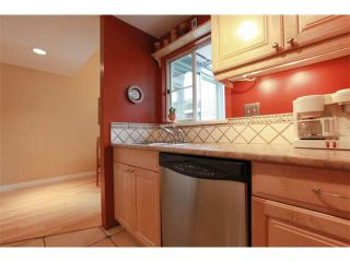 "Photo 17: 20 877 W 7TH Avenue in Vancouver: Fairview VW Townhouse for sale in ""EMERALD COURT"" (Vancouver West)  : MLS®# V1111348"