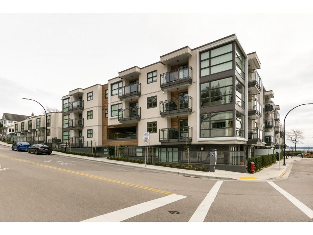 """Main Photo: 14 14820 BUENA VISTA Avenue: White Rock Townhouse for sale in """"Newport at Westbeach"""" (South Surrey White Rock)  : MLS®# R2546799"""