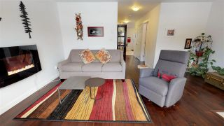 """Photo 5: 2 1204 MAIN Street in Squamish: Downtown SQ Townhouse for sale in """"Aqua"""" : MLS®# R2343310"""