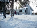 Property Photo: 635 ACADIA DR SE in Calgary