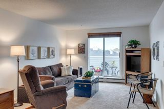 Photo 2: 304 9 Country Village Bay NE in Calgary: Country Hills Village Apartment for sale : MLS®# A1117217