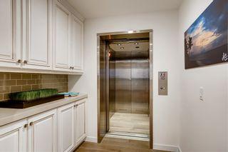 Photo 8: LA JOLLA Townhouse for sale : 2 bedrooms : 6637 La Jolla Blvd