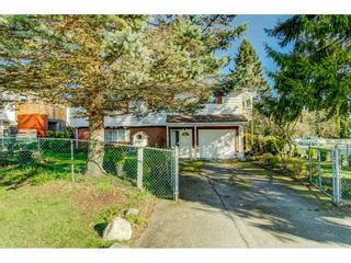 Photo 2: 15387 20A Avenue in Surrey: King George Corridor House for sale (South Surrey White Rock)  : MLS®# R2557247
