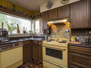 Photo 15: 3041 E 54TH Avenue in Vancouver: Killarney VE House for sale (Vancouver East)  : MLS®# R2548392