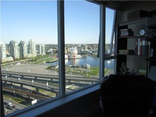 """Photo 7: 2609 688 ABBOTT Street in Vancouver: Downtown VW Condo for sale in """"FIRENZE"""" (Vancouver West)  : MLS®# V1005911"""