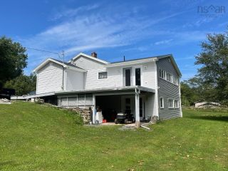 Photo 2: 1584 West River Road in Loch Broom: 108-Rural Pictou County Residential for sale (Northern Region)  : MLS®# 202121815
