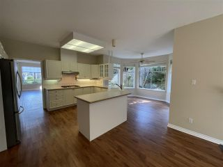 """Photo 13: 108 2533 152 Street in Surrey: Sunnyside Park Surrey Townhouse for sale in """"BISHOPS GREEN"""" (South Surrey White Rock)  : MLS®# R2557555"""