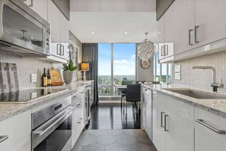 """Photo 2: 3406 1288 W GEORGIA Street in Vancouver: West End VW Condo for sale in """"Residences on Georgia"""" (Vancouver West)  : MLS®# R2603803"""