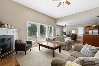 Photo 3: 1884 Sussex Dr in : CV Crown Isle House for sale (Comox Valley)  : MLS®# 885066
