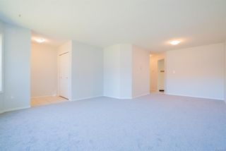 Photo 4: 8 4750 Uplands Dr in : Na Uplands Row/Townhouse for sale (Nanaimo)  : MLS®# 877760