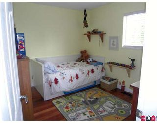 Photo 8: 13485 62ND Avenue in Surrey: Panorama Ridge House for sale : MLS®# F2910324