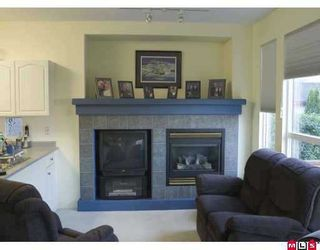 Photo 5: 18539 67A Ave in Surrey: Cloverdale BC House for sale (Cloverdale)  : MLS®# F2622874
