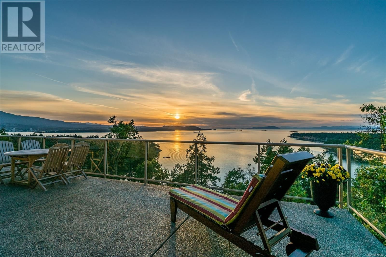 Photo 38: Photos: 825 Duthie Ave in Gabriola Island: House for sale : MLS®# 879263