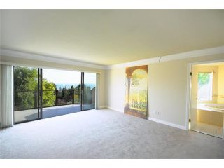 Photo 9: 4193 ALMONDEL CT in West Vancouver: Bayridge House for sale : MLS®# V855147