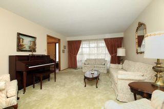 Photo 5: 465 Paddington Crescent in Oshawa: Centennial House (2-Storey) for sale : MLS®# E4719052