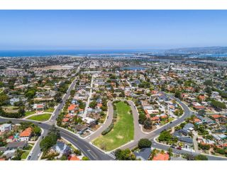 Photo 24: POINT LOMA House for sale : 4 bedrooms : 2808 Chatsworth Blvd in San Diego