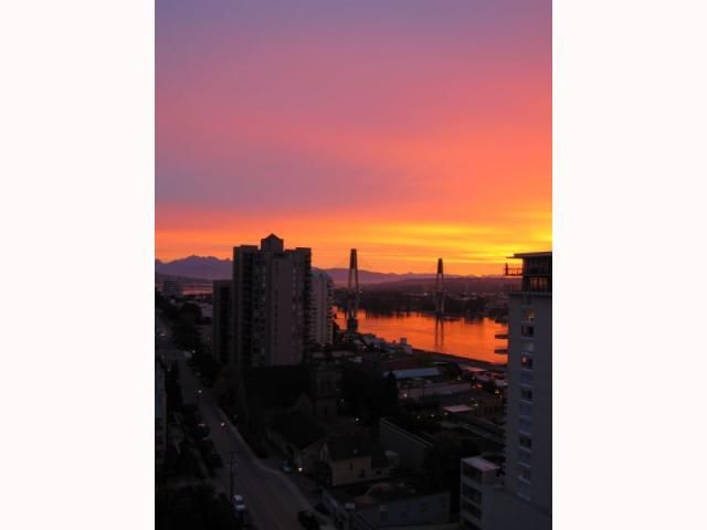 """Photo 3: Photos: 1606 610 VICTORIA Street in New Westminster: Downtown NW Condo  in """"THE POINT"""" : MLS®# V819393"""