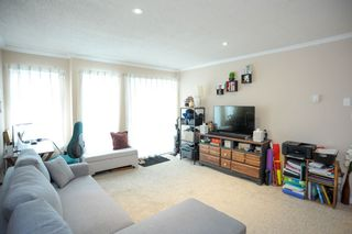 """Photo 4: 309 1850 E SOUTHMERE Crescent in Surrey: Sunnyside Park Surrey Condo for sale in """"Southmere Place"""" (South Surrey White Rock)  : MLS®# R2531604"""