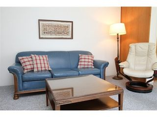 Photo 7: 7220 LEDWAY Road in Richmond: Granville Home for sale ()  : MLS®# V830042