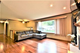 Photo 3: 3662 EVERGREEN Street in Port Coquitlam: Lincoln Park PQ House for sale : MLS®# R2534123