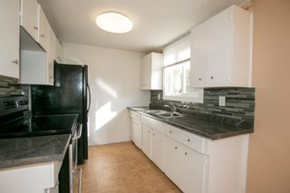Photo 4: 9H CLAREVIEW Village in Edmonton: Zone 35 Townhouse for sale : MLS®# E4265629