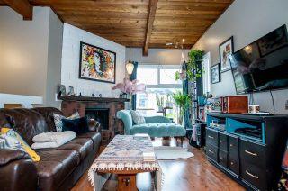 Photo 1: 4352 76 Street in Edmonton: Zone 29 Townhouse for sale : MLS®# E4240393