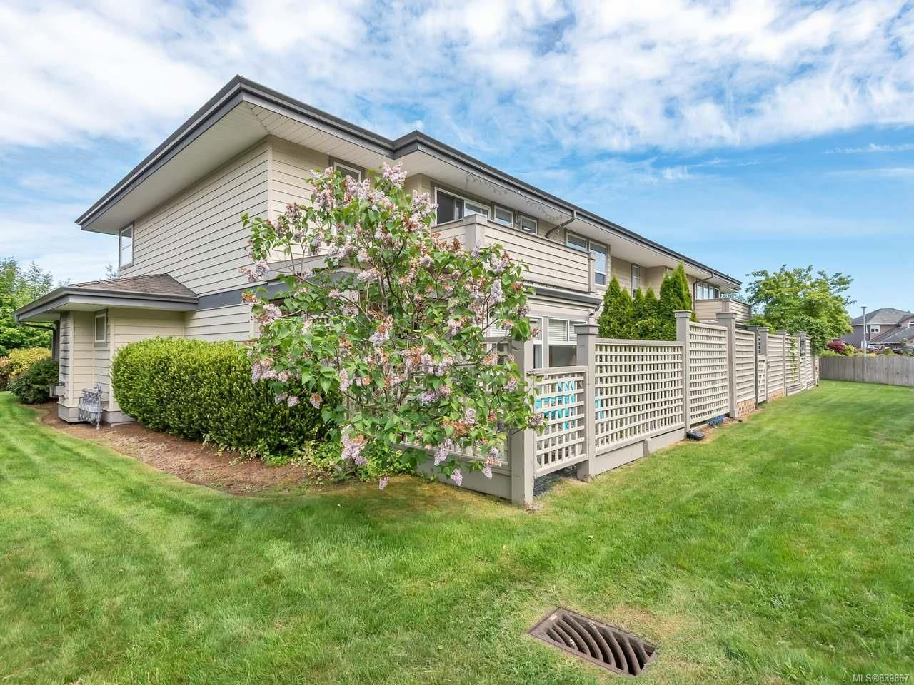 Photo 2: Photos: 21 2750 Denman St in CAMPBELL RIVER: CR Willow Point Row/Townhouse for sale (Campbell River)  : MLS®# 839867