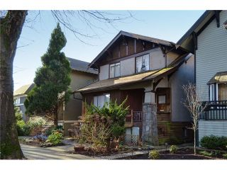 """Photo 3: 1335 - 1337 WALNUT Street in Vancouver: Kitsilano House for sale in """"Kits Point"""" (Vancouver West)  : MLS®# V1103862"""