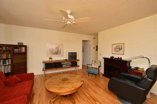 Photo 6: 18 VANDOOS GD NW in Calgary: Varsity House for sale : MLS®# C4135067