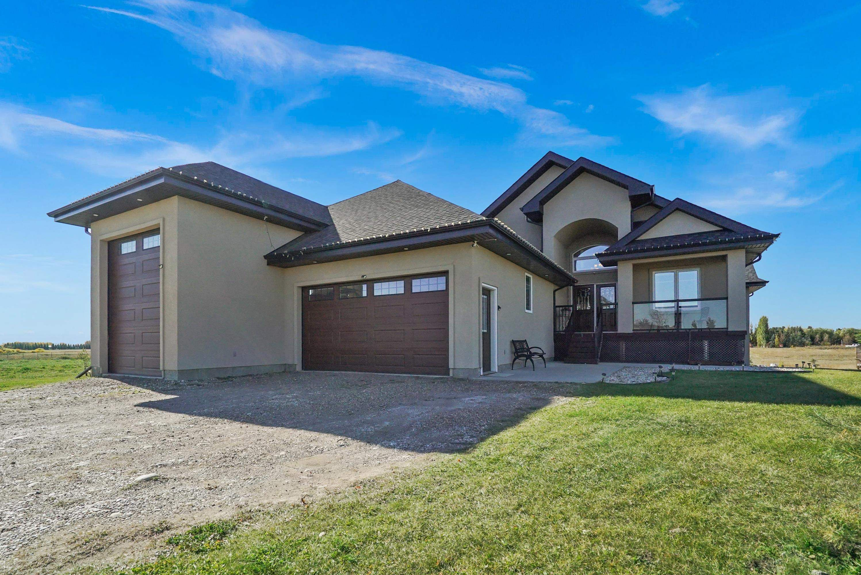 Main Photo: 209 PROVIDENCE Place: Rural Sturgeon County House for sale : MLS®# E4266519