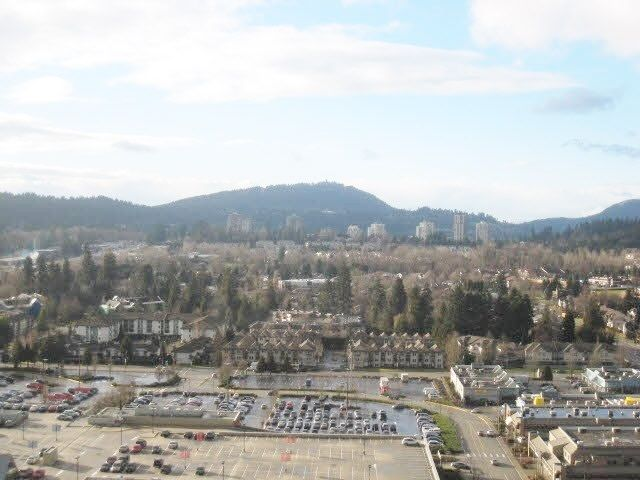 """Photo 13: Photos: 2307 2980 ATLANTIC Avenue in Coquitlam: North Coquitlam Condo for sale in """"THE LEVO"""" : MLS®# R2042903"""