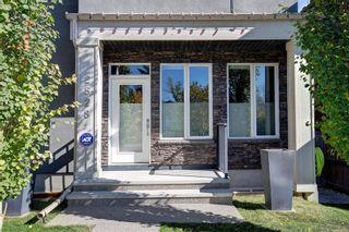 Photo 3: 2528 20 Street SW in Calgary: Richmond Semi Detached for sale : MLS®# A1154096