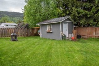 Photo 21: 1083 CEDAR Street in Smithers: Smithers - Town House for sale (Smithers And Area (Zone 54))  : MLS®# R2588282