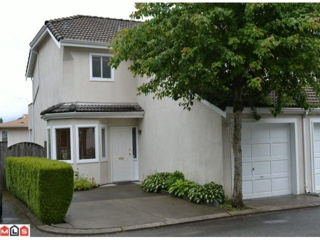 """Main Photo: 1 10062 154TH Street in SURREY: Guildford Townhouse for sale in """"WOODLAND GROVE"""" (North Surrey)  : MLS®# F1215581"""