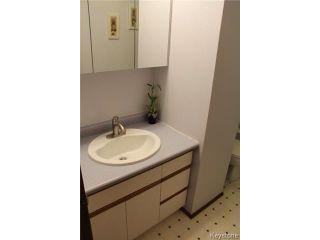 Photo 12: 58 Lakeglen Drive in WINNIPEG: Fort Garry / Whyte Ridge / St Norbert Residential for sale (South Winnipeg)  : MLS®# 1407605