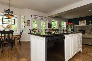 "Photo 11: 15361 57 Avenue in Surrey: Sullivan Station House for sale in ""Sullivan Station"" : MLS®# R2080316"