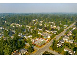 """Photo 2: 19659 36 Avenue in Langley: Brookswood Langley House for sale in """"Brookswood"""" : MLS®# R2496777"""