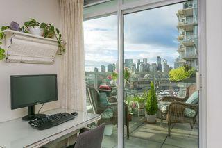 "Photo 10: 1001 1887 CROWE Street in Vancouver: False Creek Condo for sale in ""Pinnacle Living"" (Vancouver West)  : MLS®# R2540365"