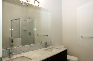 """Photo 10: 4 130 BREW Street in Port Moody: Port Moody Centre Townhouse for sale in """"SUTER BROOK CITY HOMES"""" : MLS®# R2004962"""
