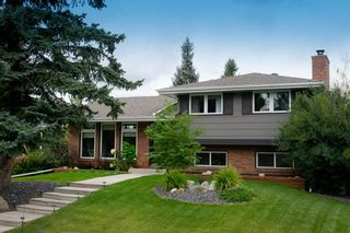 Main Photo: 436 Parkview Crescent SE in Calgary: Parkland Detached for sale : MLS®# A1143898