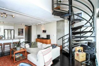 """Photo 4: 710 428 W 8TH Avenue in Vancouver: Mount Pleasant VW Condo for sale in """"XL LOFTS"""" (Vancouver West)  : MLS®# R2088078"""