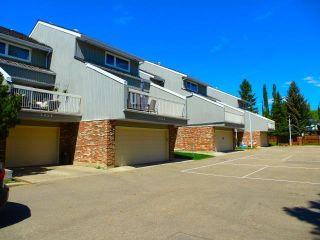 Photo 2: 3028 108 Street in Edmonton: Zone 16 Townhouse for sale : MLS®# E4247142