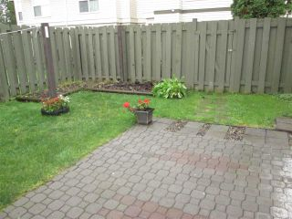 """Photo 18: 245 32550 MACLURE Road in Abbotsford: Abbotsford West Townhouse for sale in """"Clearbrook Village"""" : MLS®# R2319437"""