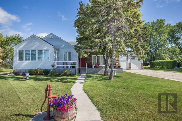 Main Photo: 501 ROSSMORE Avenue: West St Paul Residential for sale (R15)  : MLS®# 1826956