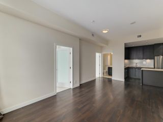 """Photo 7: 1806 111 E 1ST Avenue in Vancouver: Mount Pleasant VE Condo for sale in """"BLOCK 100"""" (Vancouver East)  : MLS®# R2614472"""
