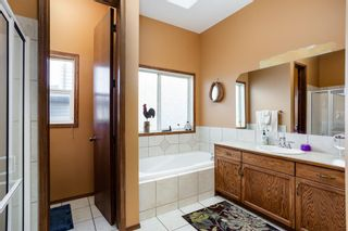 Photo 8: 502 Fairways Crescent NW: Airdrie Detached for sale : MLS®# A1091953