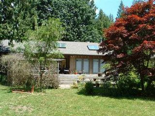 Photo 2: 1190 PAGGIO RD in Roberts_Creek: Roberts Creek House for sale (Sunshine Coast)  : MLS®# V405076