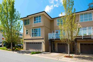 """Photo 3: 74 15405 31 Avenue in Surrey: Grandview Surrey Townhouse for sale in """"NUVO2"""" (South Surrey White Rock)  : MLS®# R2577675"""