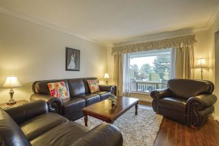 Photo 4: 6443 133A Street in Surrey: West Newton House for sale : MLS®# R2499136