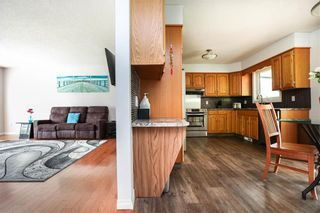 Photo 28: 676 Community Row in Winnipeg: Charleswood Residential for sale (1G)  : MLS®# 202115287